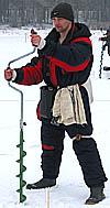 Uzvarētājs Aleksejs Djačenko pirms starta signāla