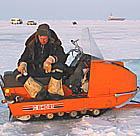 Pilns serviss - copmaņus pieved ar kamanām, busiņu, vieglo vai kuģi.